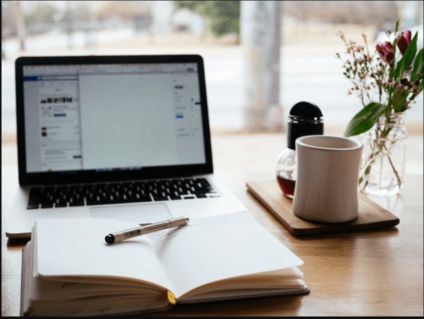 Blogs for college students: Benefits and monetization tips