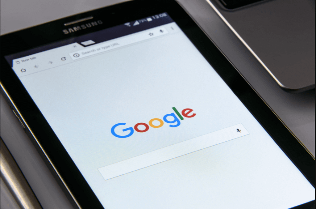 How to get on Google first page guaranteed for free