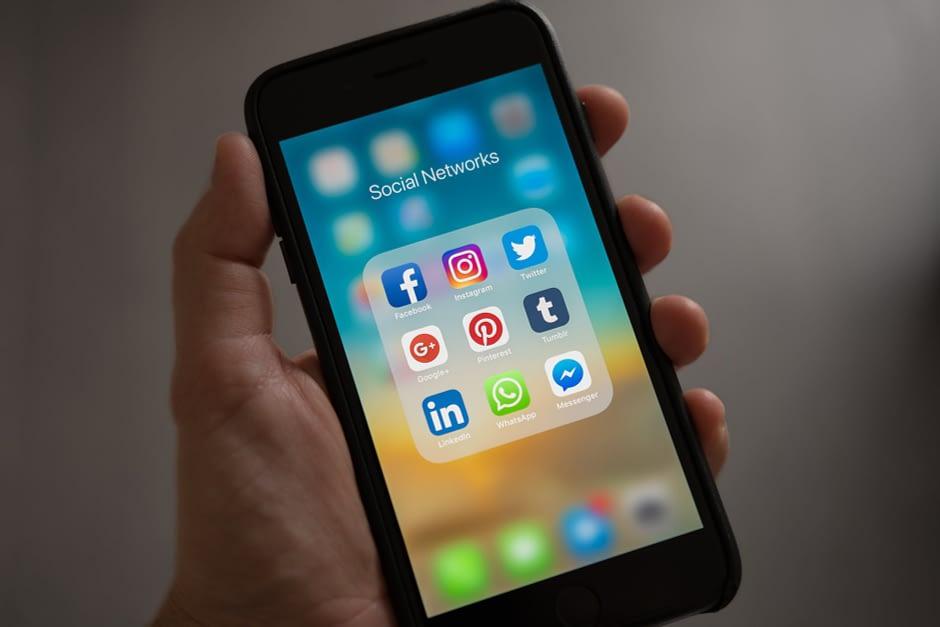 telecom trends social media
